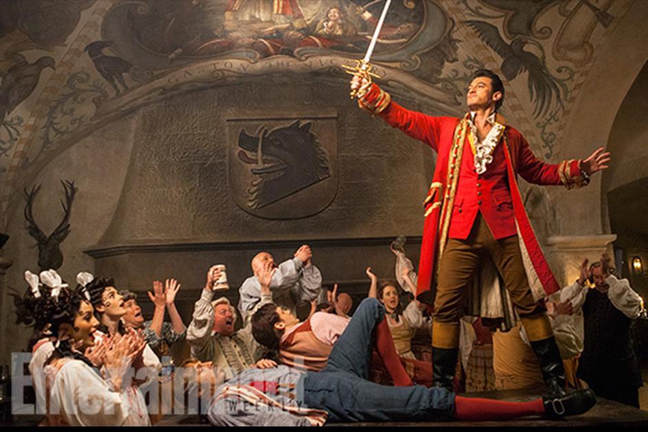 Luke Evans, conocido por El Hobbit, interpretará a Gastón en la película. (Foto: Entertainment Weekly)