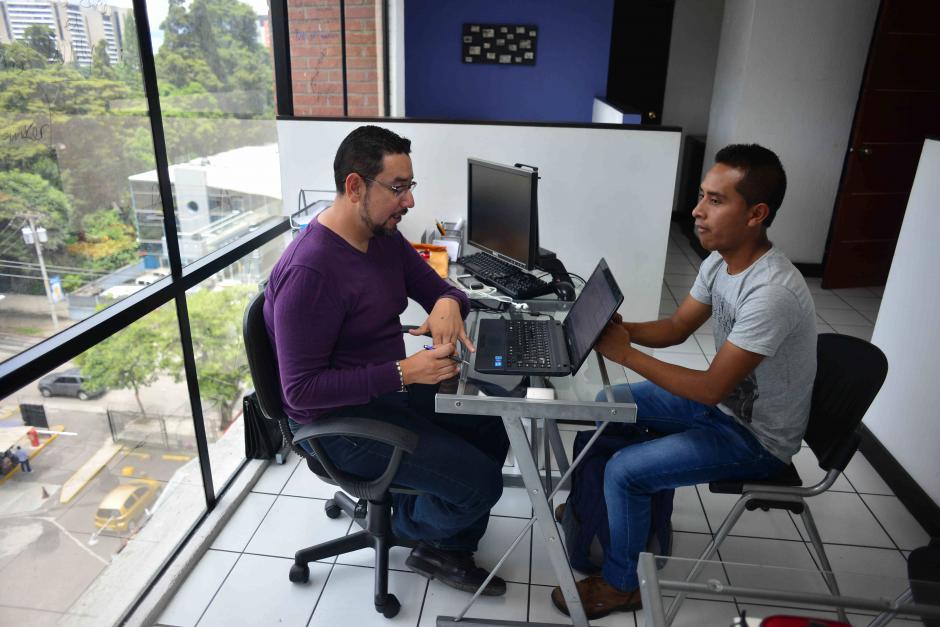 En Conexión Laboral dan orientación y asesoría a quien desee encontrar un empleo. (Foto: Jesús Alfonso/Soy502)