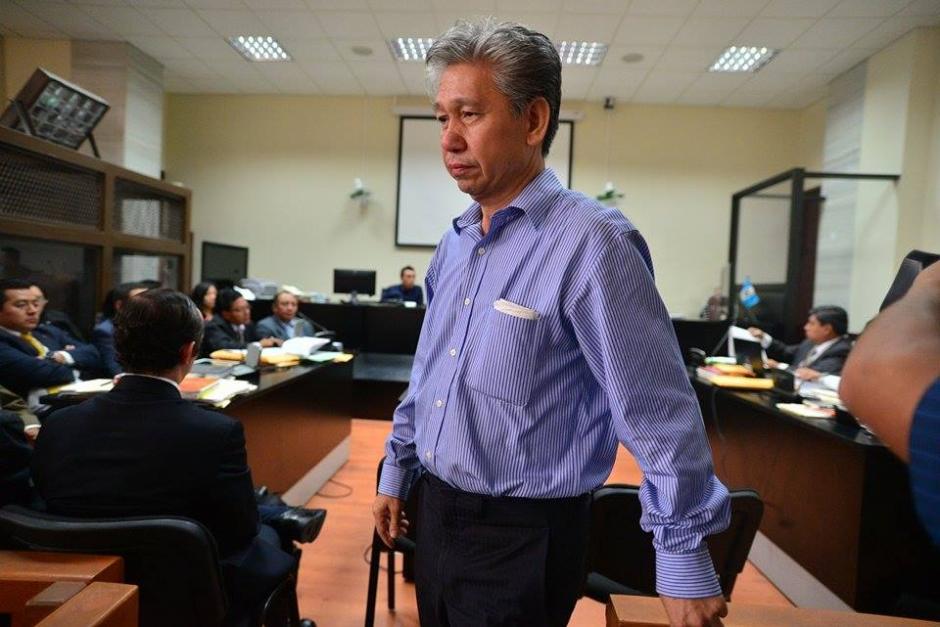 """Otro de los 10 empresarios vinculados al caso """"La Línea"""" antes de la audiencia de este lunes. (Foto: Wilder López/Soy502)"""