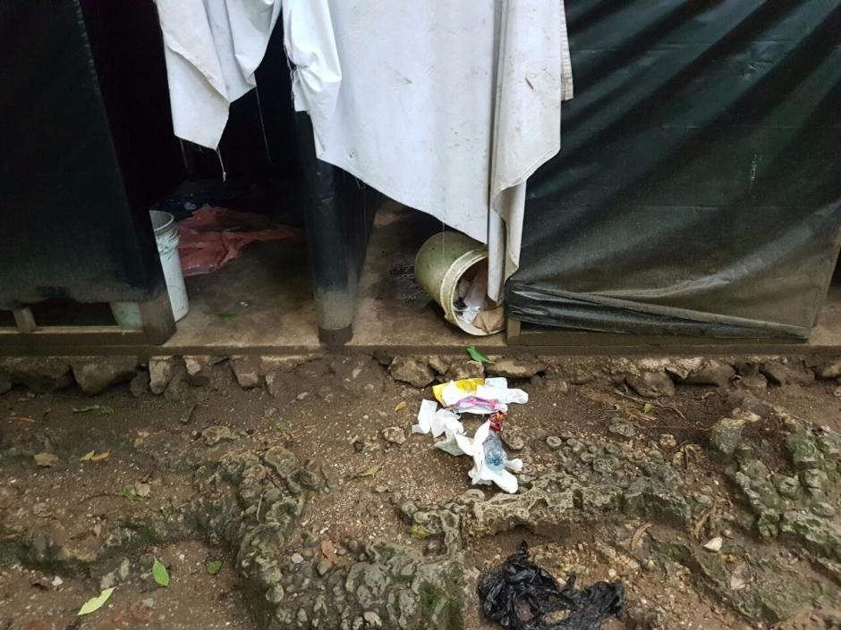Otra de las imágenes de la basura encontrada en el lugar. (Foto: Conap)