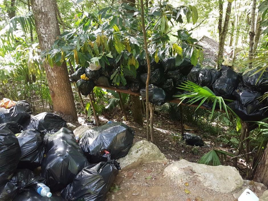 El Conap prohibió el ingreso de turistas extranjeros y nacionales a las instalaciones de Semuc Champey. (Foto: Conap)