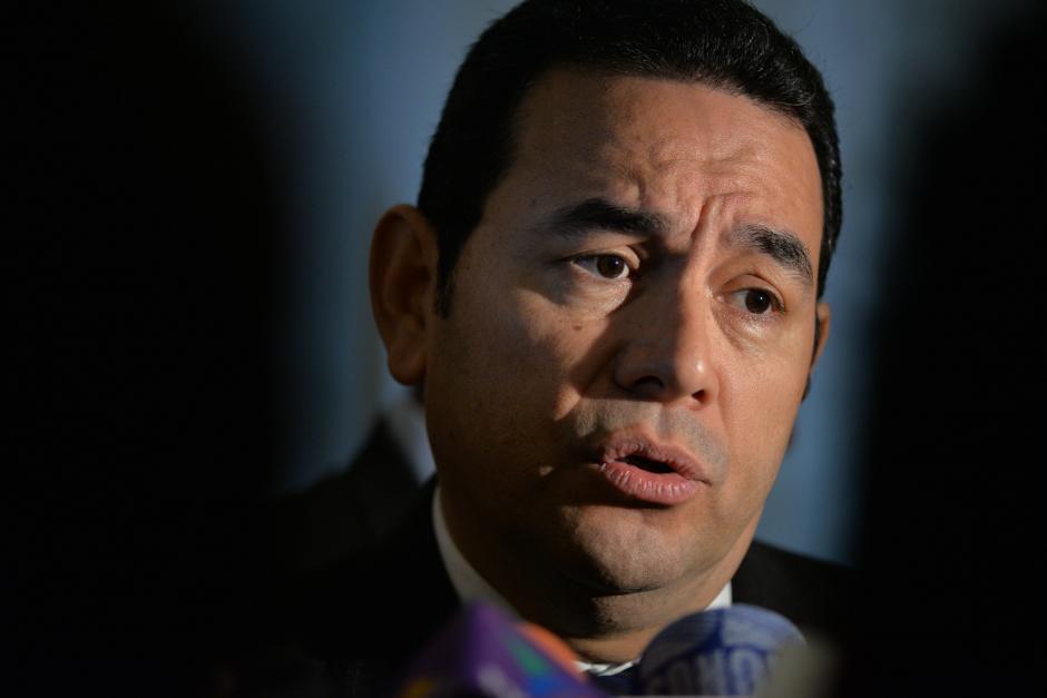 Tras criticar a los medios de comunicación, Jimmy Morales salió de gira oficial y no ha vuelto a hablar en el país. (Foto: Archivo/Soy502)
