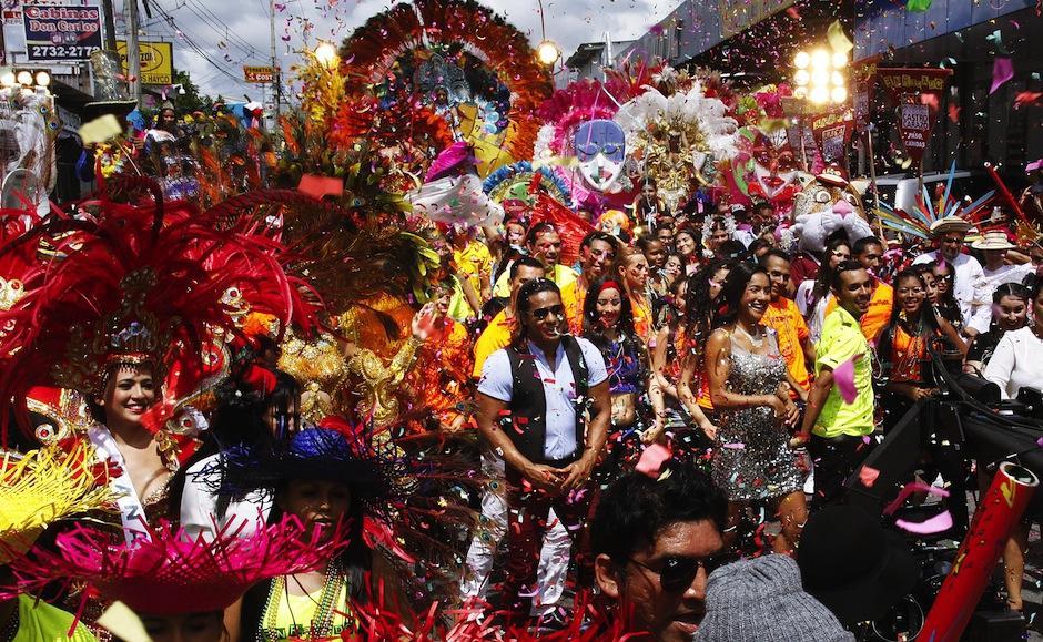 Película hecha en Centroamérica se hace al estilo Bollywood. (Foto: Enredados, La Confusión oficial)