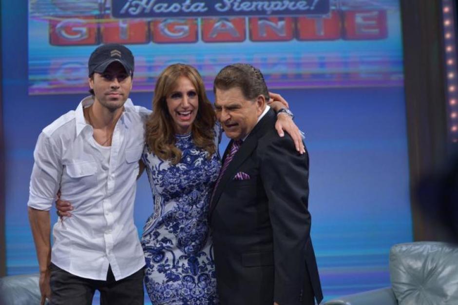 Las innumerables muestras de agradecimiento vinieron también del español Enrique Iglesias. (Foto: Univisión)