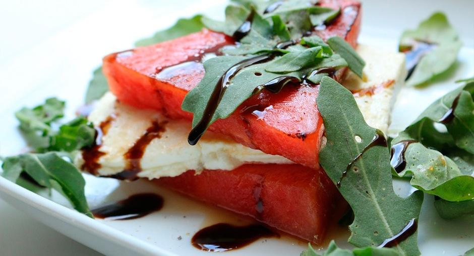 La ensalada de sandía es perfecta para iniciar las mañanas. (Foto: Blog Vivagym)