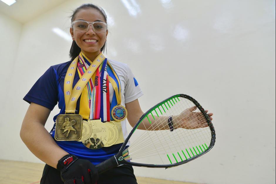 La hexacampeona mundial juvenil de raquetbol es orgullosamente guatemalteca. (Foto: Wilder López/Soy502)