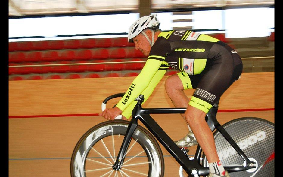 Para Fantinati, la edad no era impedimento para practicar su deporte favorito. (Foto: emol.com)