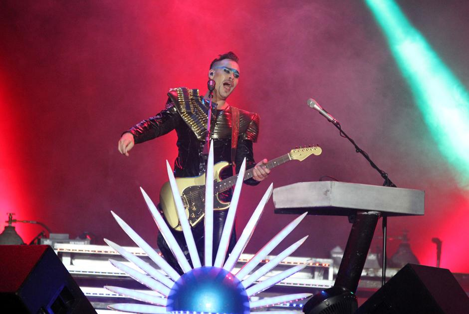 Empire of the sun durante el inicio del Brahva Summer Fest. (Foto: Luis Barrios/Soy502)