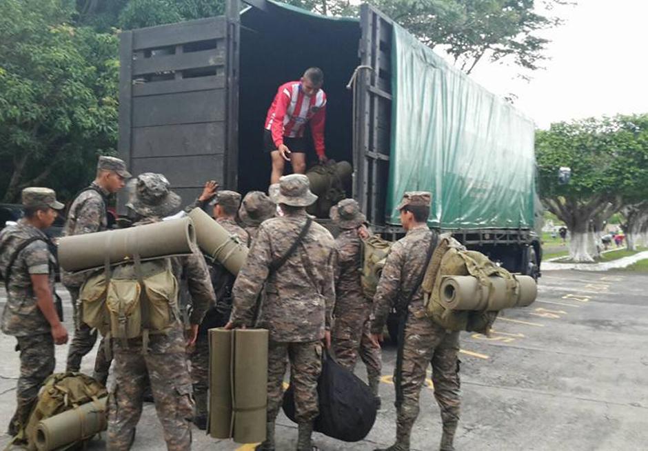 La mayor parte del equipo de búsqueda está integrado por elementos de la 4a. Brigada de Infantería del Ministerio de Defensa. (Foto Ejército de Guatemala)