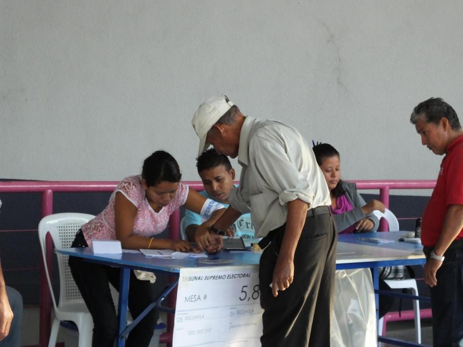 La afluencia de votantes en Escuintla es mucho menor a la observada durante la primera vuelta. (Foto: Nuestro Diario)