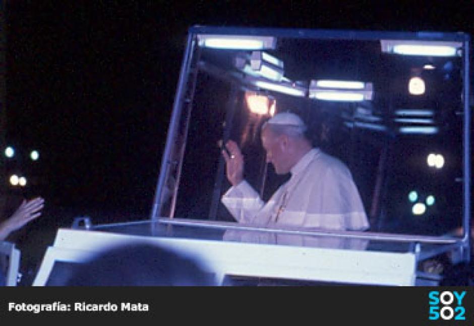 El mismo Papa lo invitó a acompañarlo a varias partes del mundo. (Foto: Ricardo Mata)