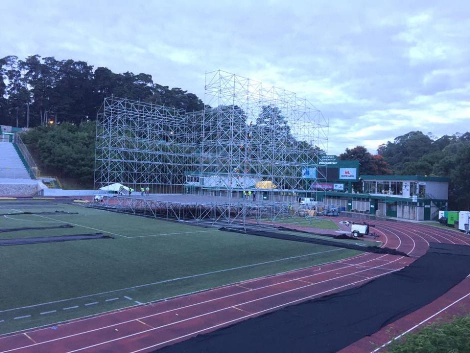 Así luce el estadio Cementos Progreso durante la realización del escenario. (Foto: Metallica Guatemala)