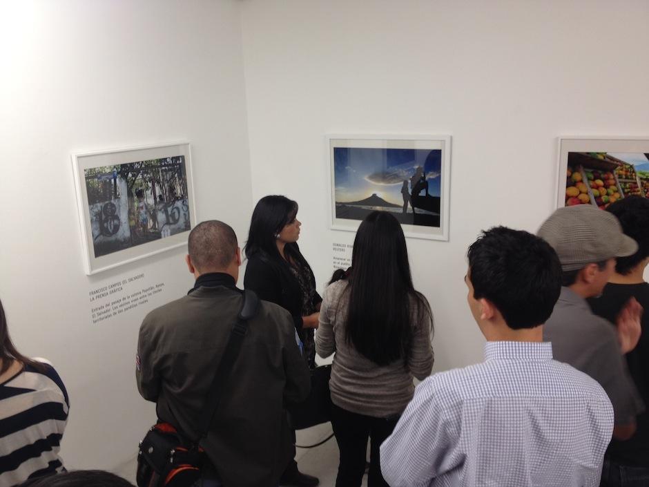 Fotografías de paisajes, costumbres y sociedad son mostradas en esta exposición. (Foto: Moisés Castillo)