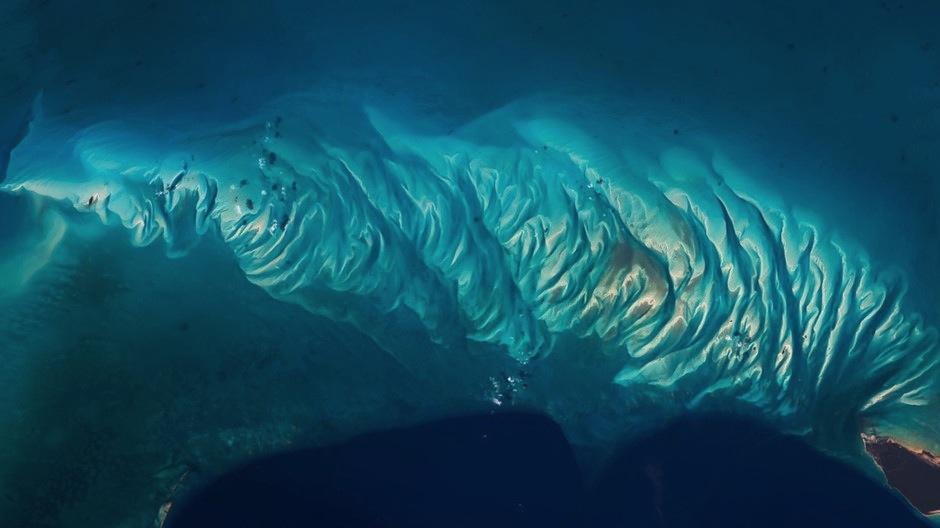 Los arrecifes de las Bahamas lucen espectaculares. (Foto: Jeff Williams/NASA)