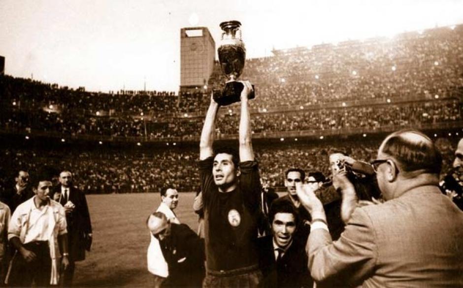España, en 1964, fue el primer anfitrión en ganar la Eurocopa. (Foto: sport.es)