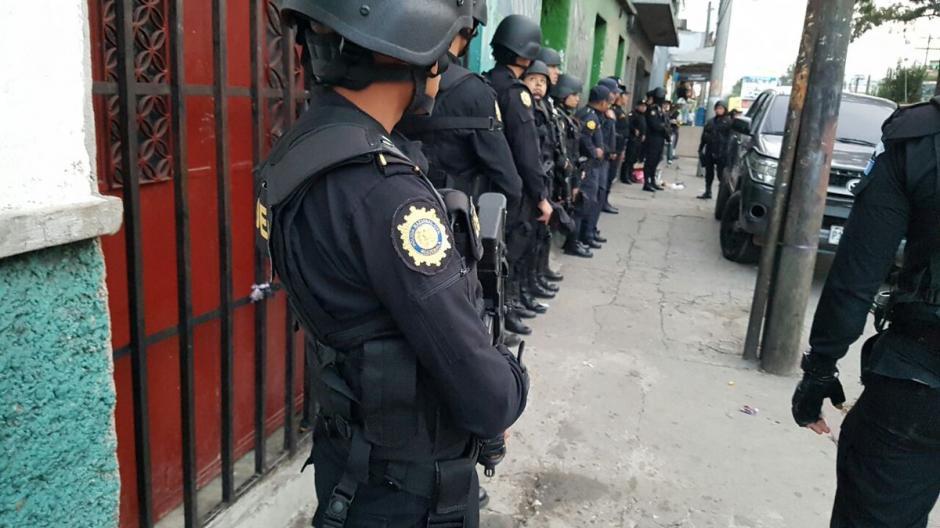 Las autoridades realizan 26 allanamientos en tres departamentos del país. (Foto: PNC)