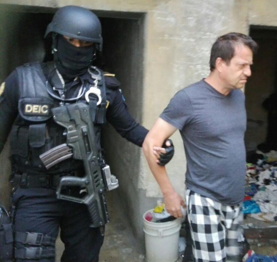 """Según las investigaciones, Walter Ernesto Rubio es el líder de la estructura, le apodaban el """"Ingeniero"""". (Foto: PNC)"""