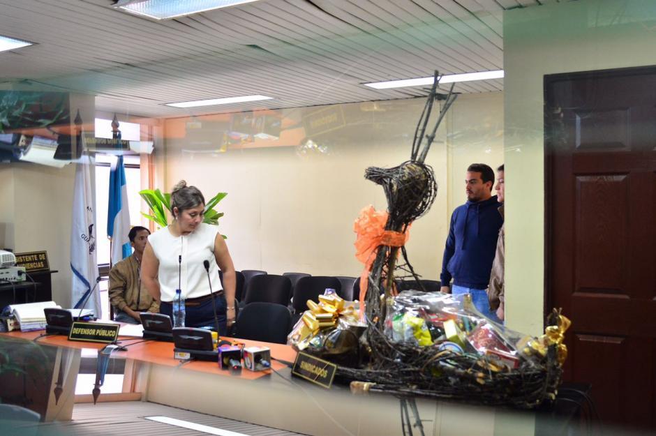 En la audiencia de primera declaración se llevaron muestras de las canastas. (Foto: Jesús Alfonso/Soy502)