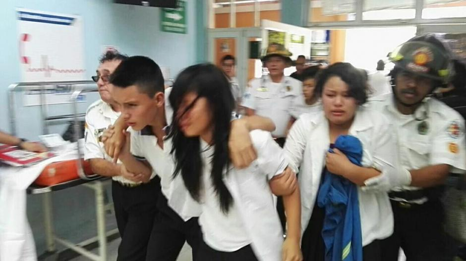 Los estudiantes pertenecen al colegio Manuel Galich. (Foto: BVoluntariosGT)