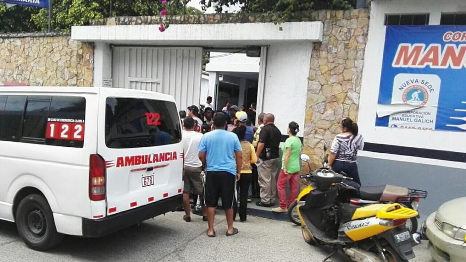 Los estudiantes fueron llevados hacia el Hospital Roosevelt. (Foto: BVoluntariosGT)