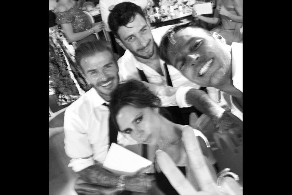 David y Victoria Beckham fueron parte de los invitados. (Foto: Instagram)