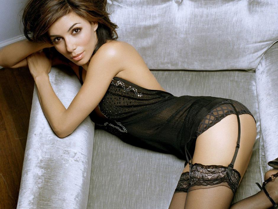 La actriz se encuentra de luna de miel en España. (Foto: dailyman40.com)