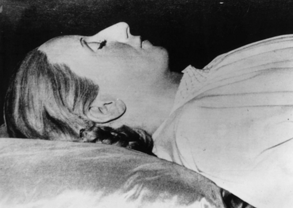Eva Perón fue llorada por 2 millones de Argentinos. Su muerte en 1952 es emocionalmente recordada. (Foto: Getty Images)