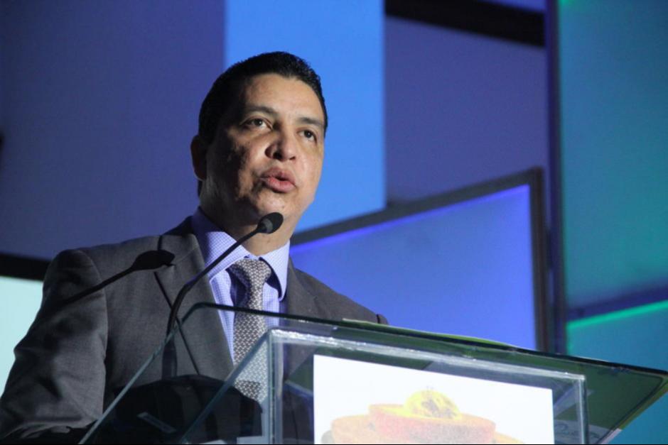 El exministro de Energía y Minas, Erick Archila permanece prófugo de la justicia.  (Foto: Archivo/Soy502)