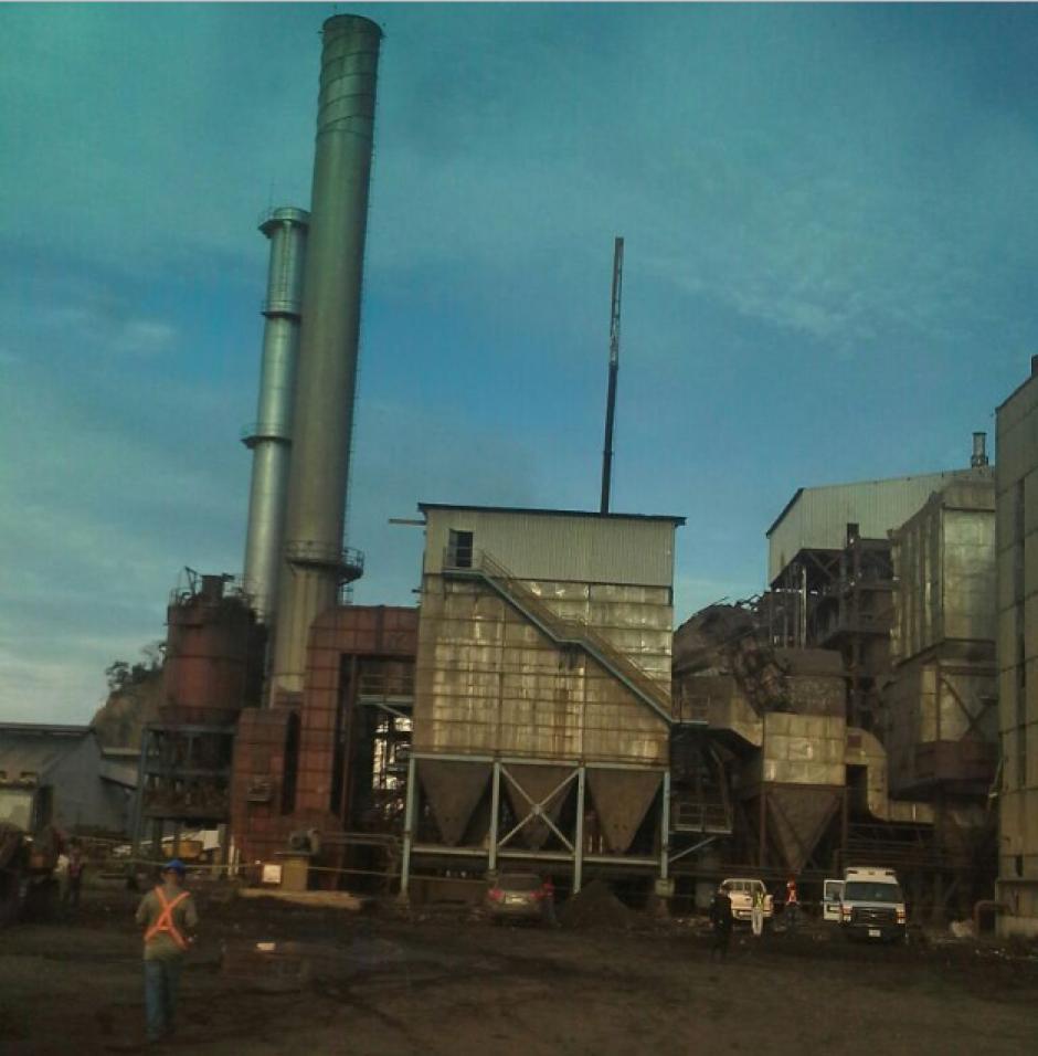 La explosión tuvo lugar en una de las calderas de la empresa minera. (Foto: PNC)