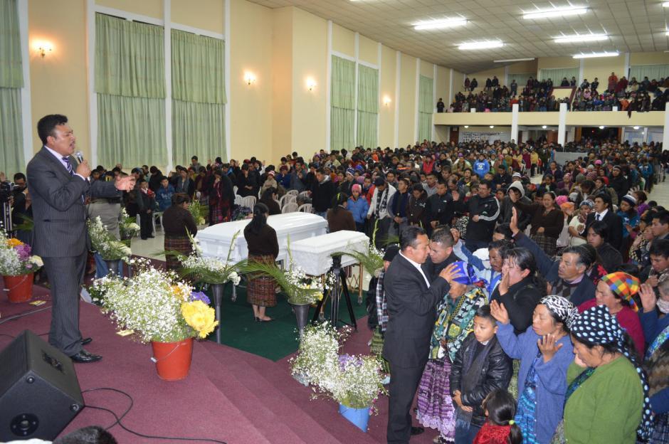 La comunidad paquí en Totonicapán se congregó para recordar a Deisy y sus hijas, asesinadas en Nueva York. (Foto: José García)