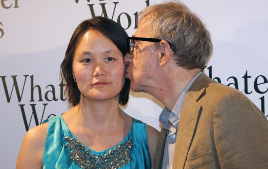 Allen y Yi se casaron tras su separación de la madre adoptiva de Yi. (Foto: lbtimes.com)