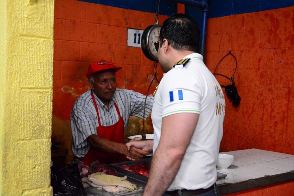 Varios vendedores del mercado fueron extorsionados el lunes último. (Foto: Municipalidad de Mixco)
