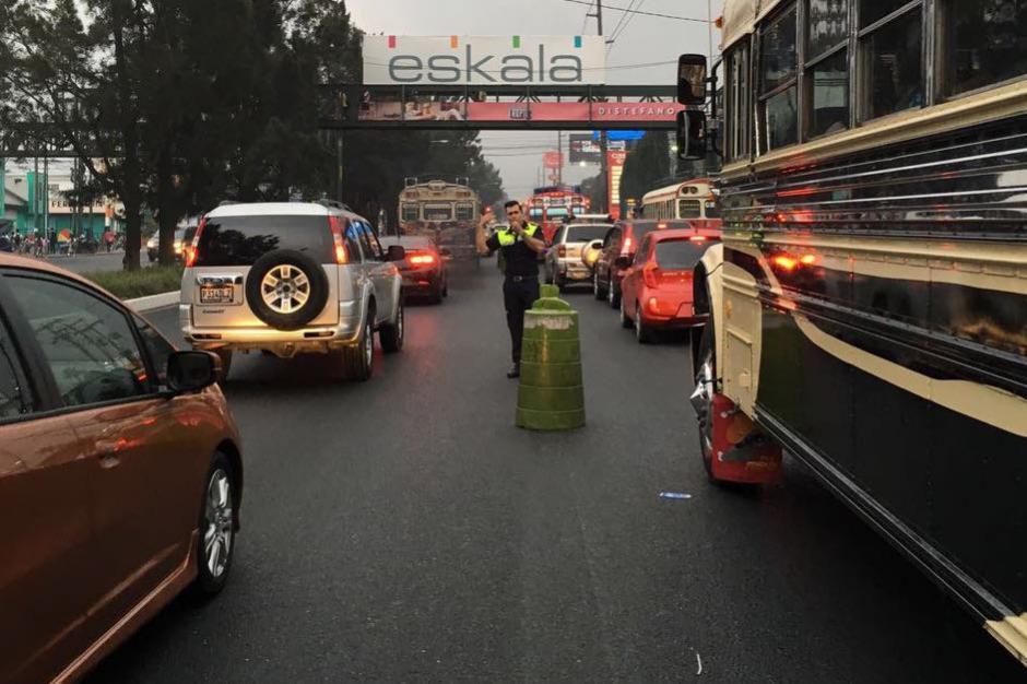 El tránsito hacia el occidente es complicado en horas de la tarde a su paso por Mixco. (Foto: Municipalidad de Mixco)