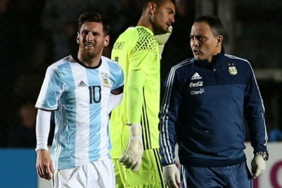 Messi lesionado para Copa América 100 foto