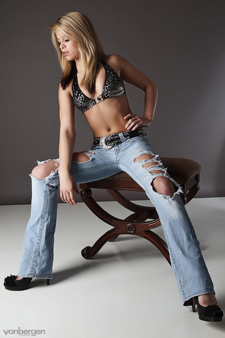 Elegancia, porte y belleza son solo algunos de los atributos de Paige VanZant.