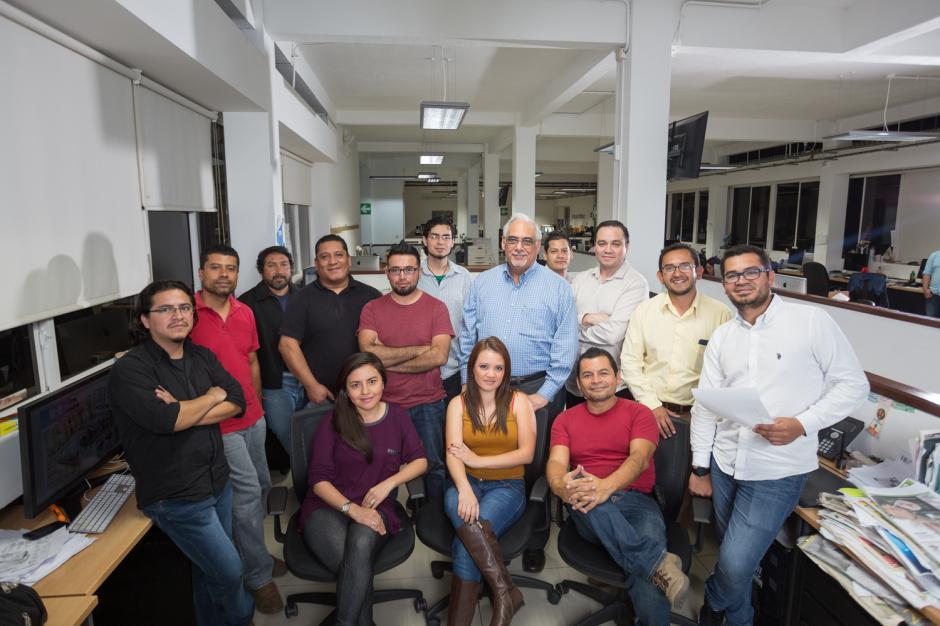 Este es el equipo de diseñadores, infografistas, reporteros y fotógrafos que obtuvo el reconocimiento internacional. (Foto: Fredy Murfy/Nuestro Diario)