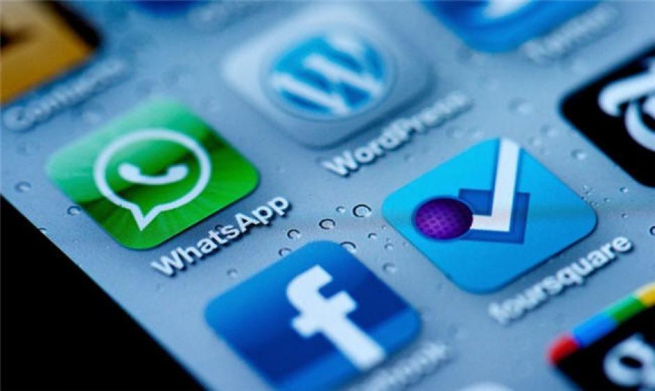 Whatsapp compartirá con Facebook el número de teléfono de sus usuarios. (Foto: blog.desdelinux.net)