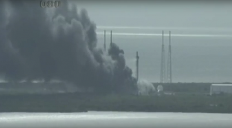 La explosión tuvo lugar previo al despegue del cohete Falcon 9. (Imagen: captura de YouTube)