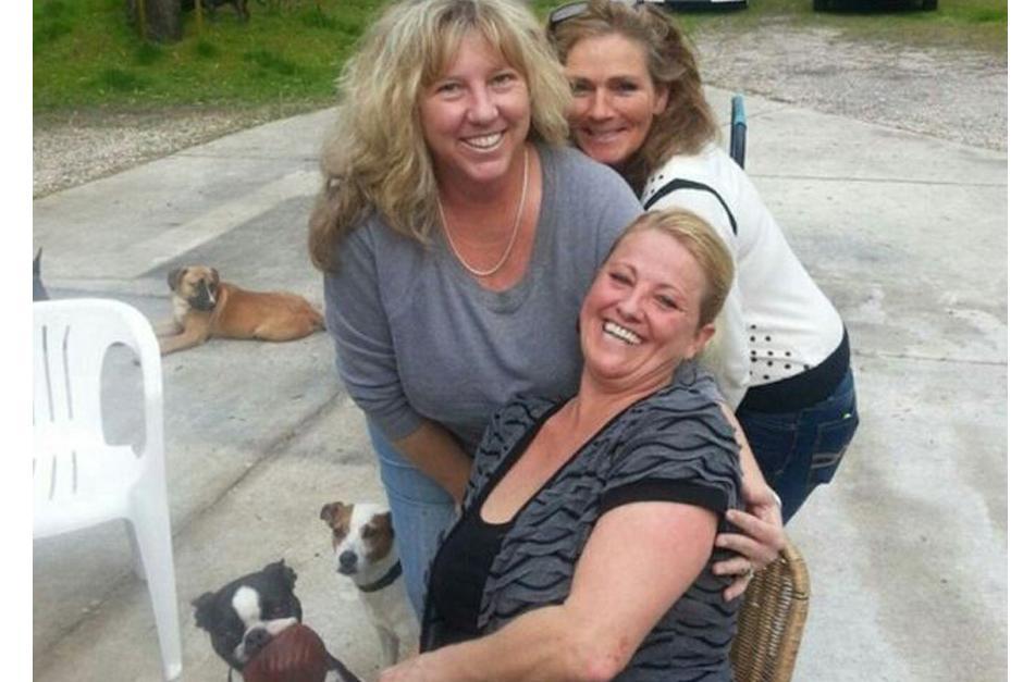 Kelly Black junto a su familia. (Foto: DailyMail)