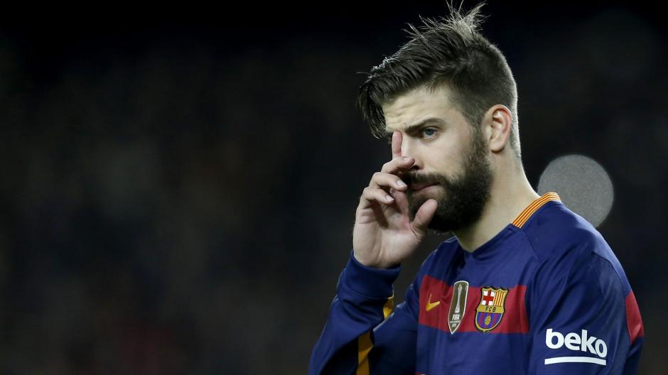 Piqué cobra 8 millones por temporada en el Barcelona.  (Foto: Twiter)