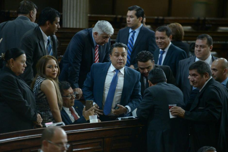 FCN busca aprobar de urgencia nacional el Presupuesto 2017. (Foto: Wilder López/Soy502)