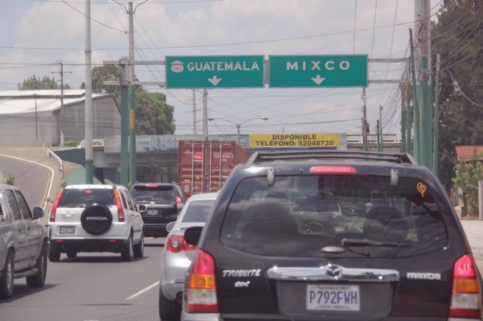 El tránsito ya fue liberado luego del accidente de tránsito.  (Foto: Fredy Hernández/Soy502)