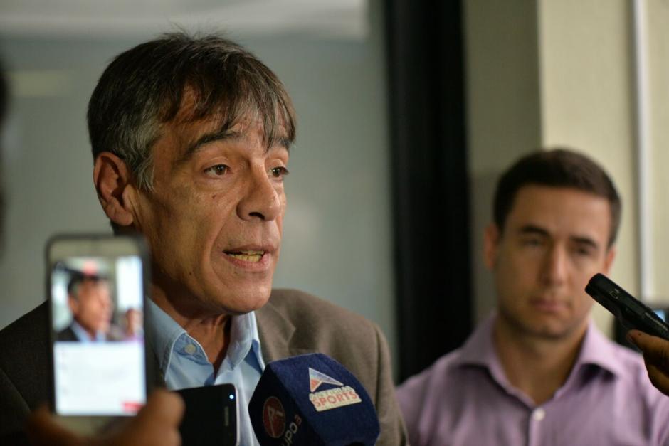 Primo Corvaro de asuntos legales de la FIFA fue quien anunció la suspensión. (Foto: Wilder López/Soy502)