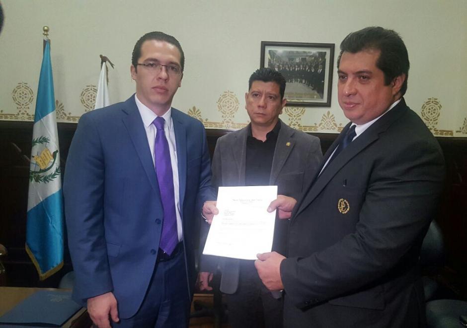 La propuesta fue presentada este miércoles 2 de noviembre por el diputado Felipe Alejos. (Foto: cortesía Todos)