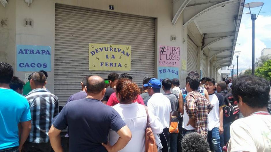 Los organizadores exigen la renuncia de los diputados que enfrentan procesos de antejuicio. (Foto: JusticiaYa/Facebook)