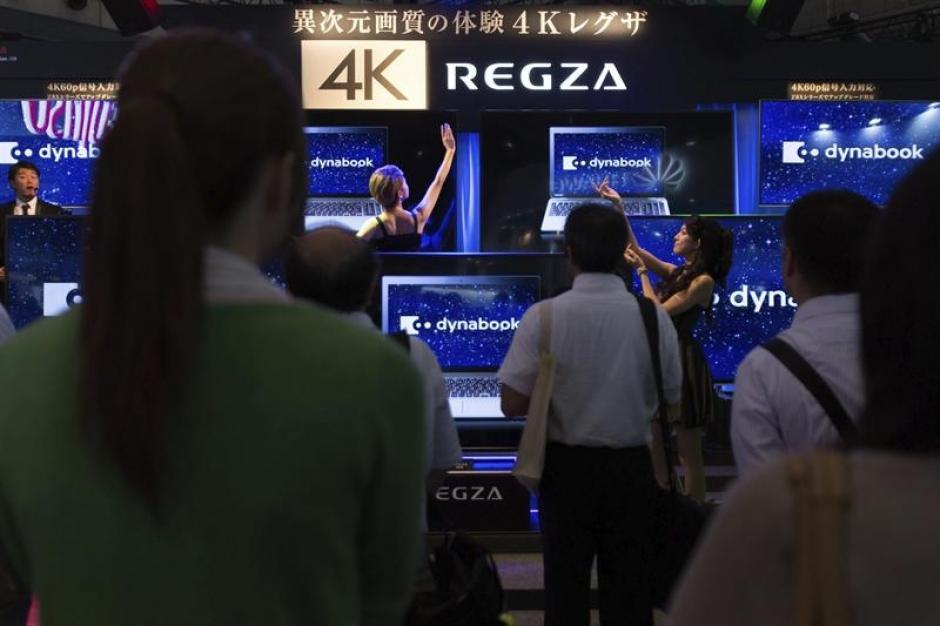 1. La nueva televisión Toshiba Regza también estuvo presente en esta Feria de la Tecnología japonesa.(EFE/Christopher Jue)