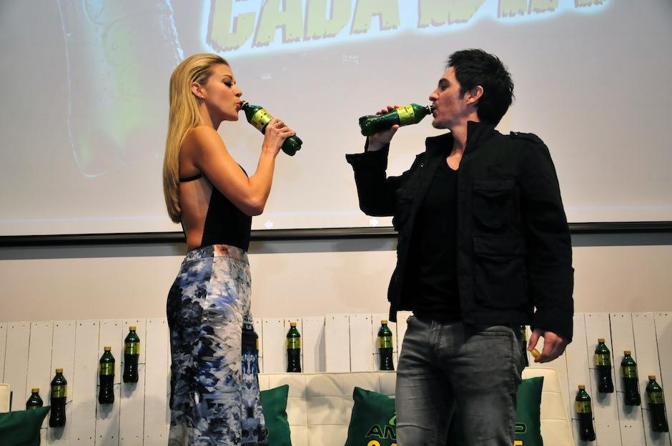 Ambos son la nueva cara de la bebida energética AMP365. (Foto: Selene Mejía/Soy502)