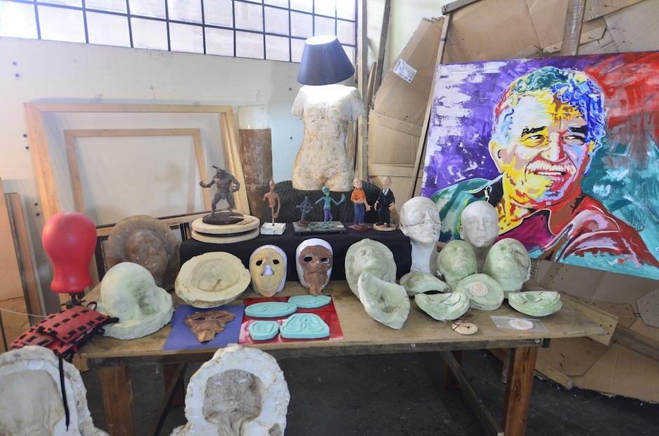 Estos moldes son un recuerdo de sus producciones. (Foto: Selene Mejía/Soy502)