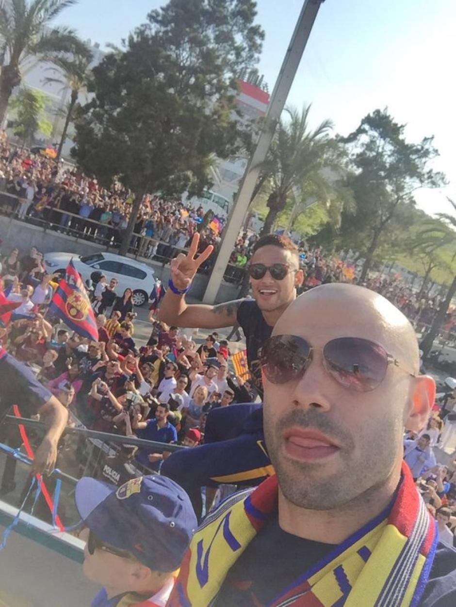 "Javier Mascherano compartió esta ""selfie"" en sus redes sociales. (Foto: Twitter)"