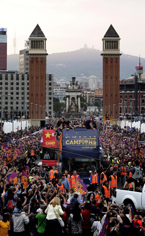 La emblemática ciudad de Barcelona vivió una jornada de fiesta. (Foto: EFE)